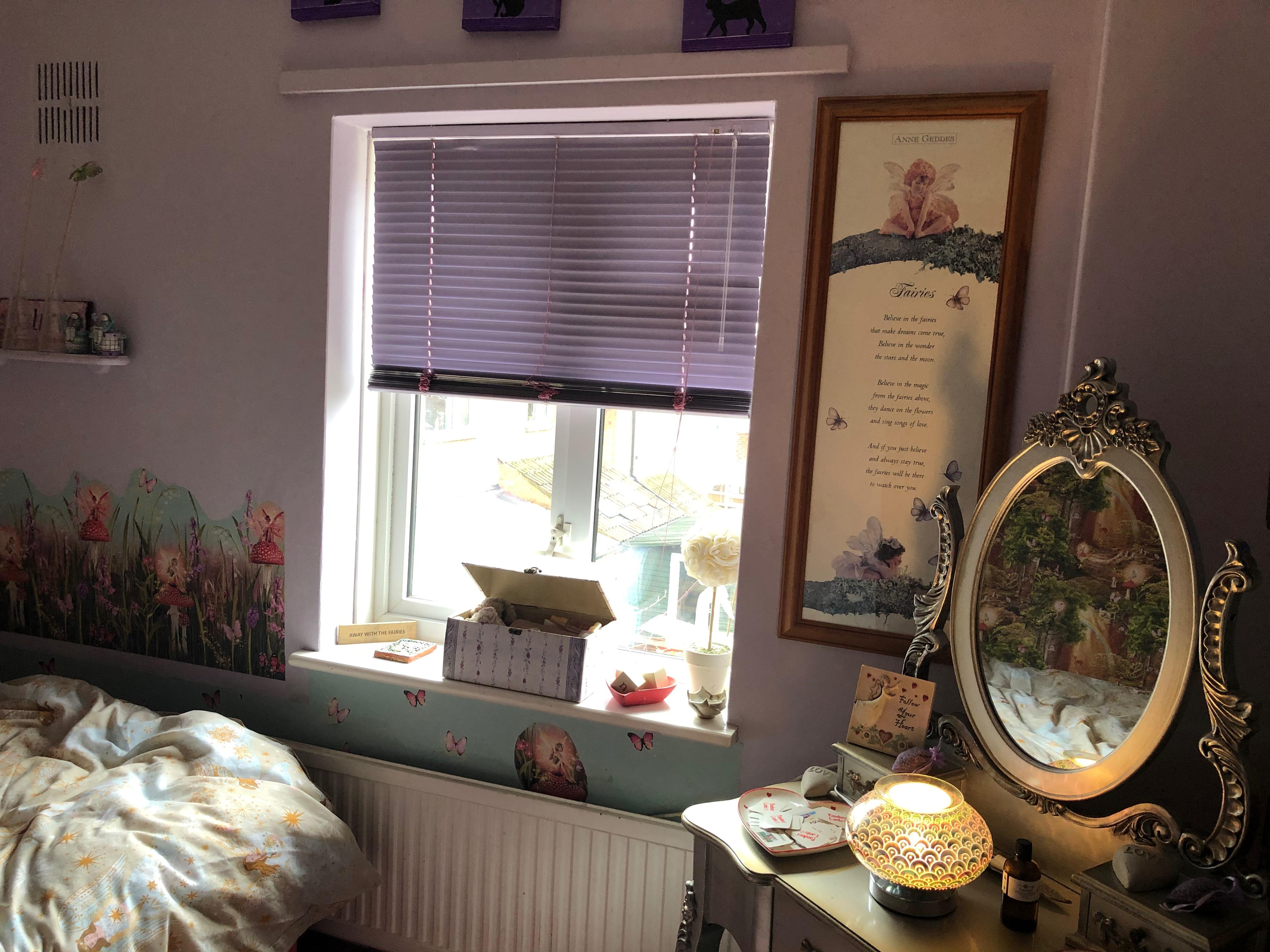 Bedroom 1  Fairies theme Pic A
