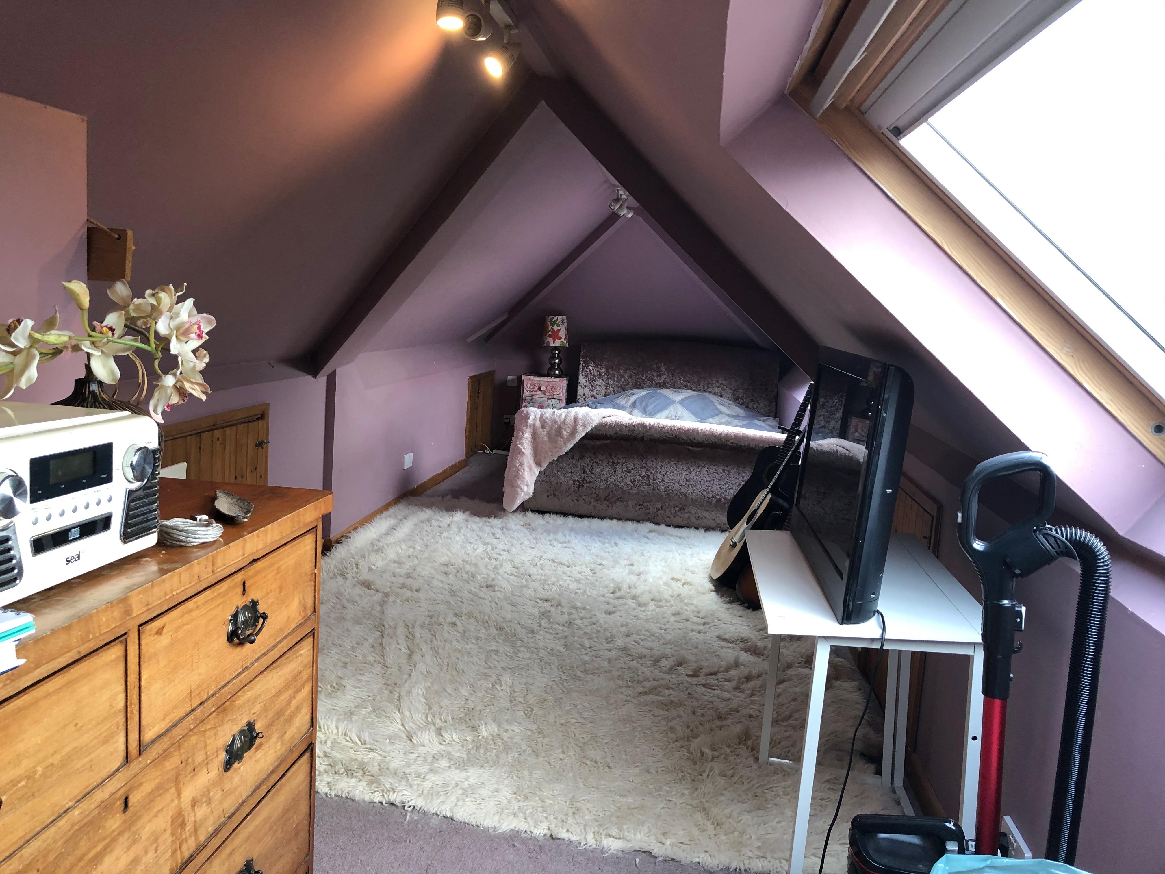 Attic bedroom 4 - pixies